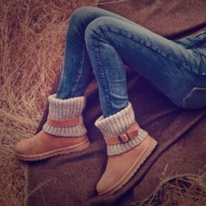 UGG 'Cambridge' Lined Knit Boots